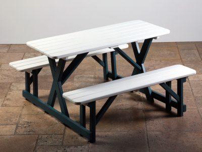 Beyaz Piknik Masası